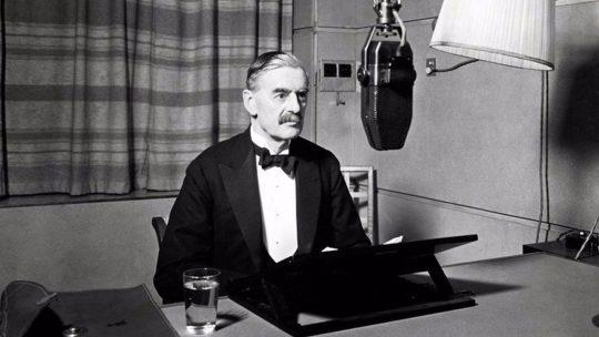 Neville Chamberlain ogłasza wypowiedzenie wojny III Rzeszy.