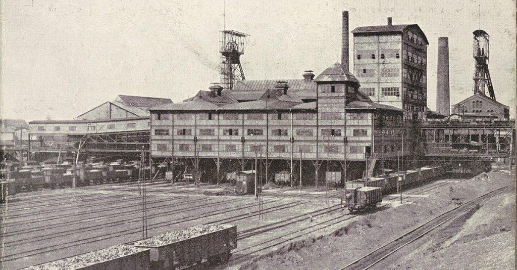 Kopalnia węgla kamiennego w Wełnowcu pod Katowicami. Fotografia z początku XX wieku.