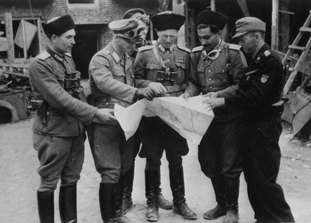 Ludzie Kamińskiego w trakcie powstania warszawskiego odpowiadali między innymi za rzeź Ochoty (domena publiczna).