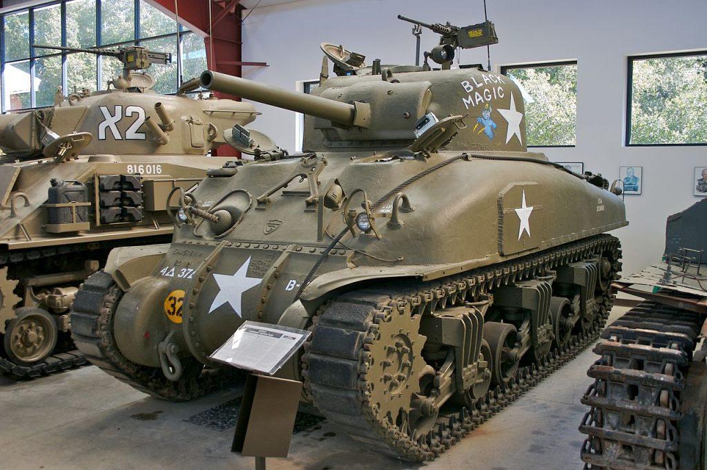 Sherman M4A1. Celowniczym takiego czołgu był Clarence Smoyer. Zdjęcie poglądowe (Sean O'Flaherty/CC BY-SA 3.0).