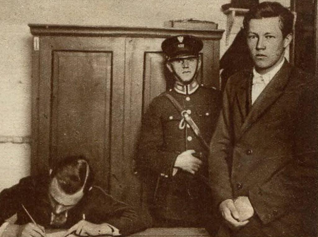Zabójca Wojskowa, Borys Kowerda w rękach policji (domena publiczna).