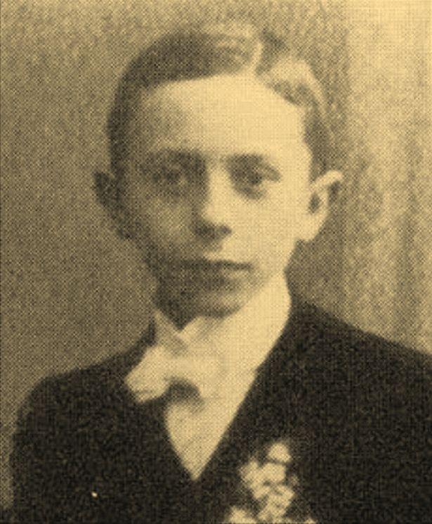 Joseph Goebbels w wieku 10 lat (domena publiczna).