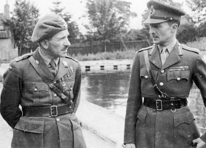 Wasólne zdjęcie, jeszcze wtedy pułkonwnika Sosabowskiego (z lewej) i generała Browniga (domena publiczna).