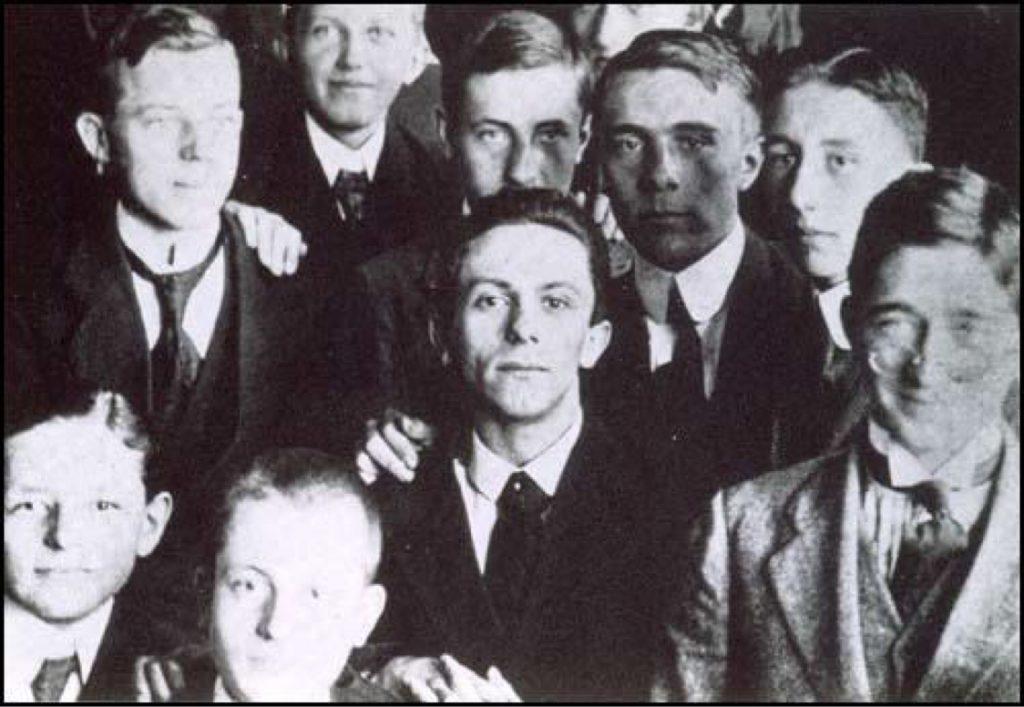 Joseph Goebbels na zdjęciu z 1916 (domena publiczna).