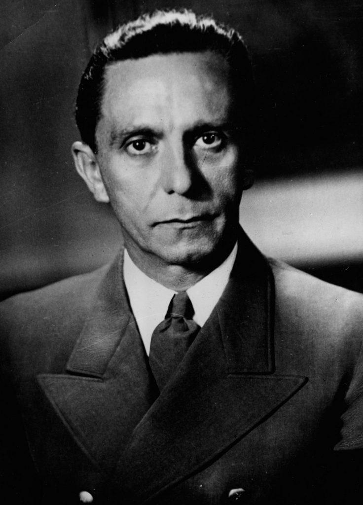 William F. Heimlich kupił blisko 7 tysięcy stron maszynopisu Dzienników Goebbelsa od handlarza makulaturą (domena publiczna).