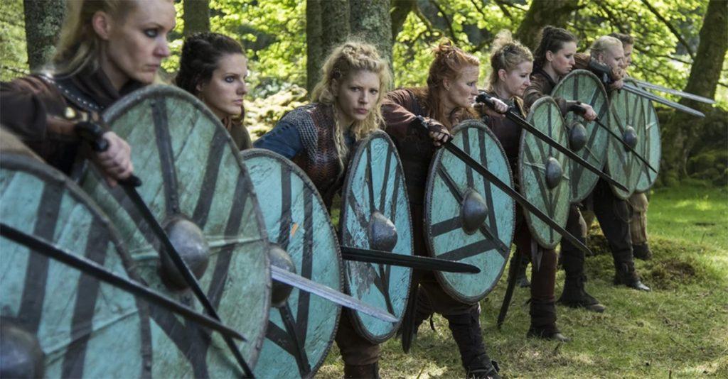 Skandynawskie wojowniczki. Kadr z serialu Wikingowie.
