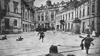 Armia Czerwona we Lwowie. Lipiec 1944 roku.