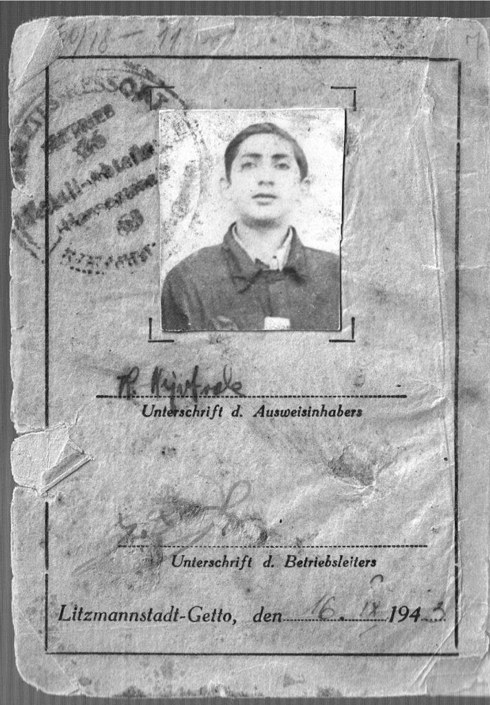 Karta pracy Leon Weintraub wydana 16 września 1943 roku. Zdjęcie z książki Pojednanie ze złem (materiały prasowe).
