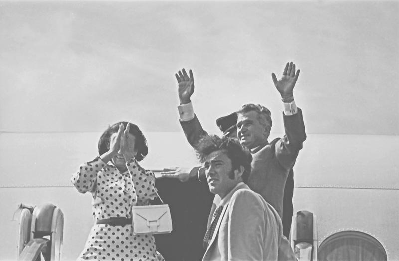 Nicu Ceaușescu wraz z rodzicami podczas wizyty w Mołdawi. Rok 1976 (Ion Chibzii/CC BY-SA 2.0).