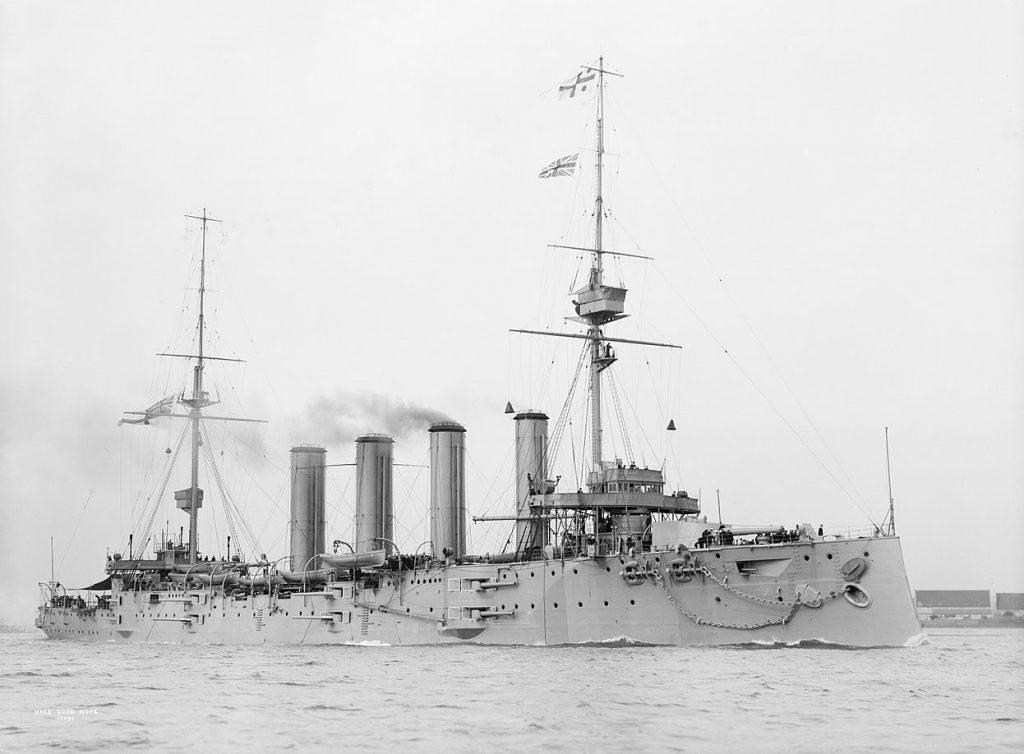 """Okręt flagowy admirała Cradocka HMS """"Good Hope"""" (domena publiczna)."""
