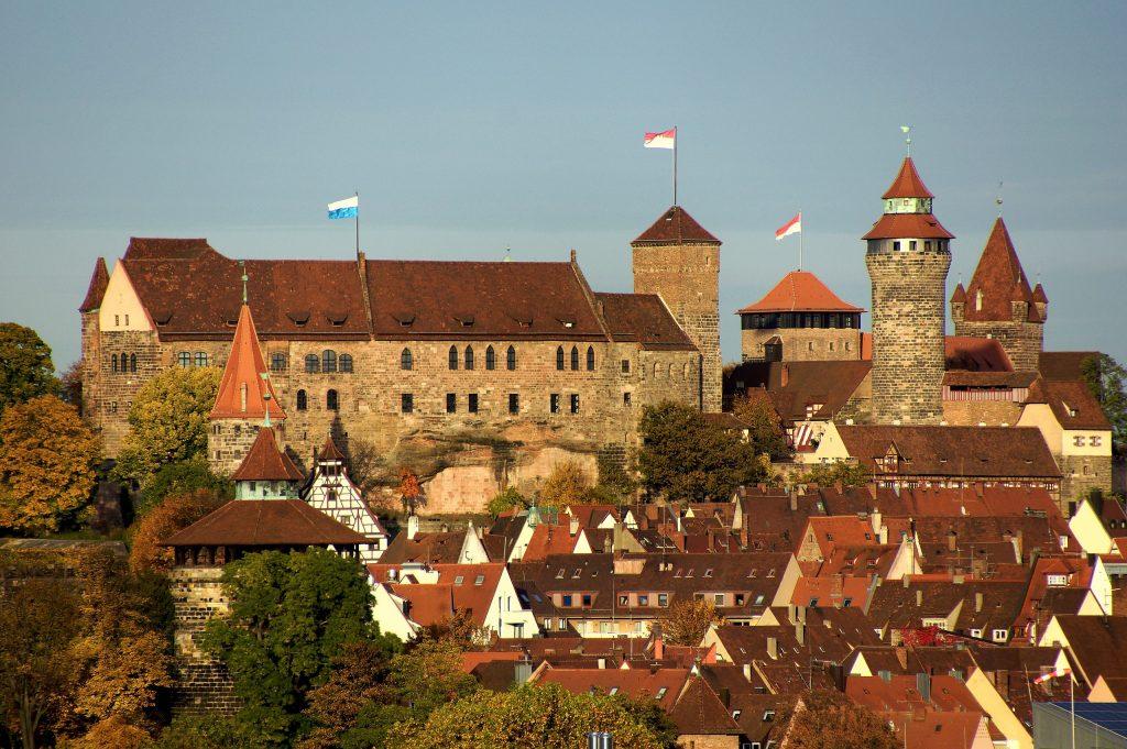 Zamek w Norymberdze na współczesnym zdjęciu (DALIBRI//CC-BY-SA 3.0).