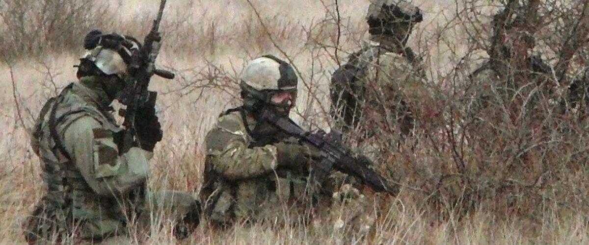 Żołnierze GROM podczas wspólnych ćwiczeń z Navy Seals
