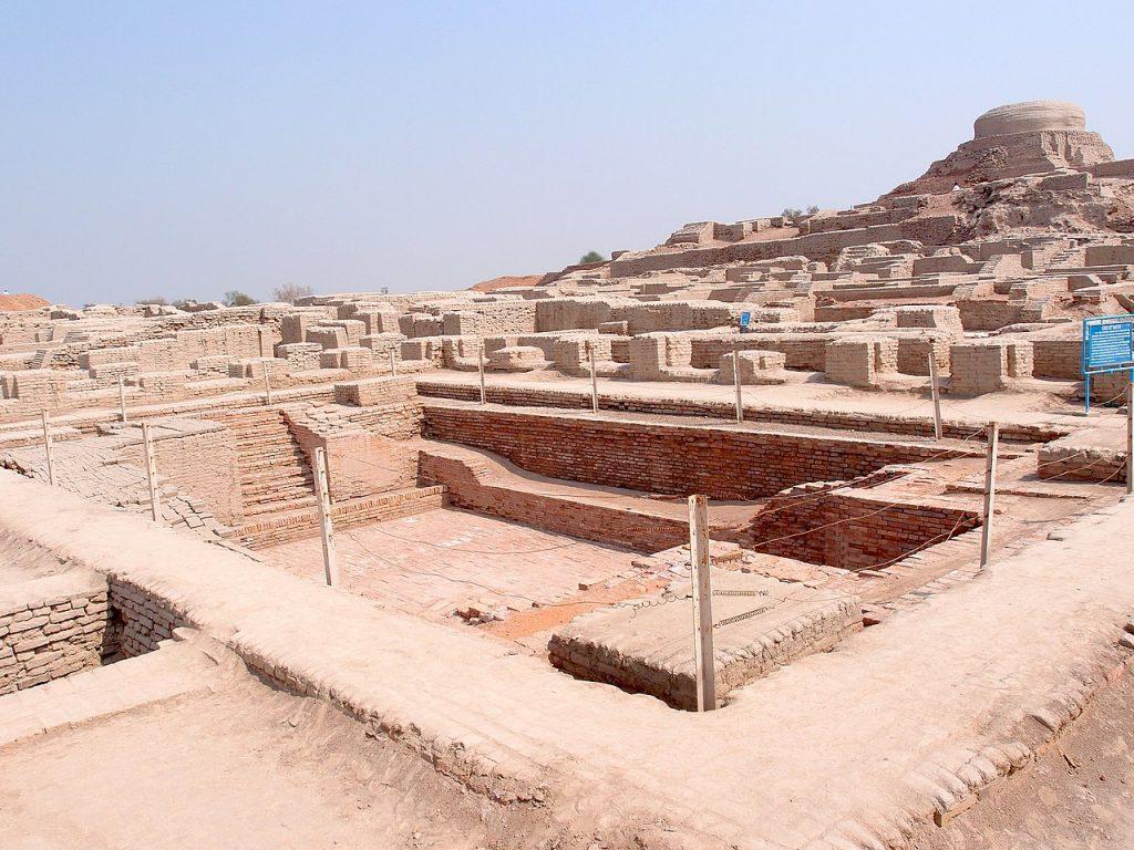 Pozostałości Wielkiej Łaźni w Mohendżo-Daro (Saqib Qayyum/CC BY-SA 3.0).