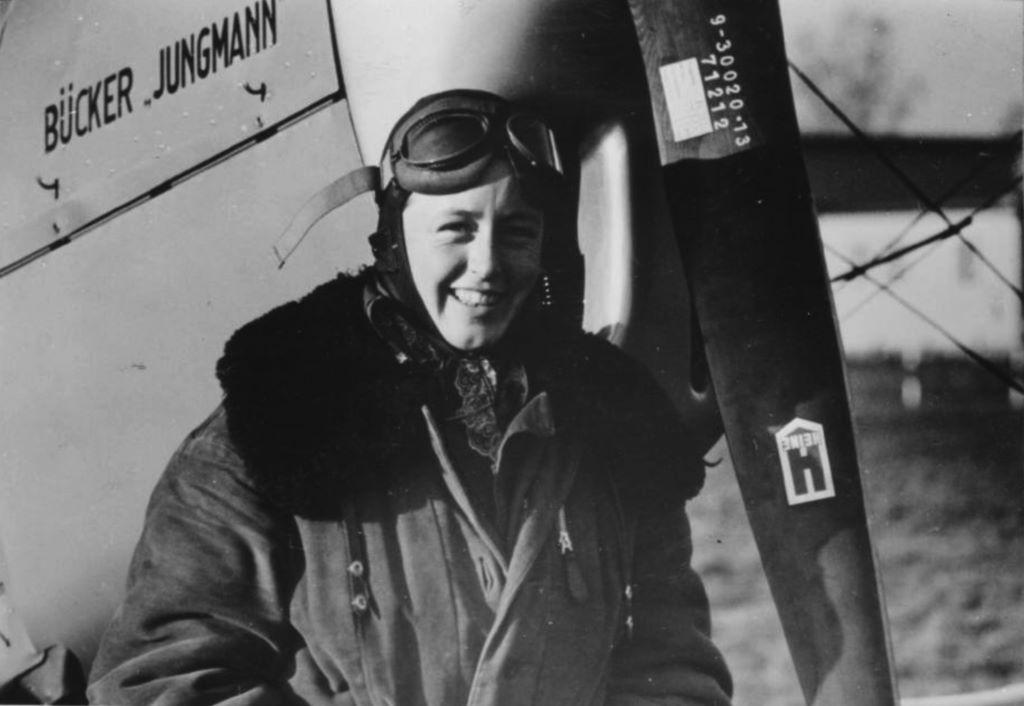 Beate Uhse (wtedy jeszcze Kostlin) jako pilotka-oblatywaczka