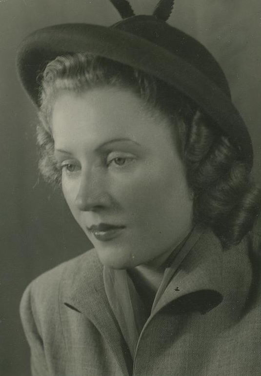 Irene Gut. Fotografia powojenna z archiwum rodzinnego.