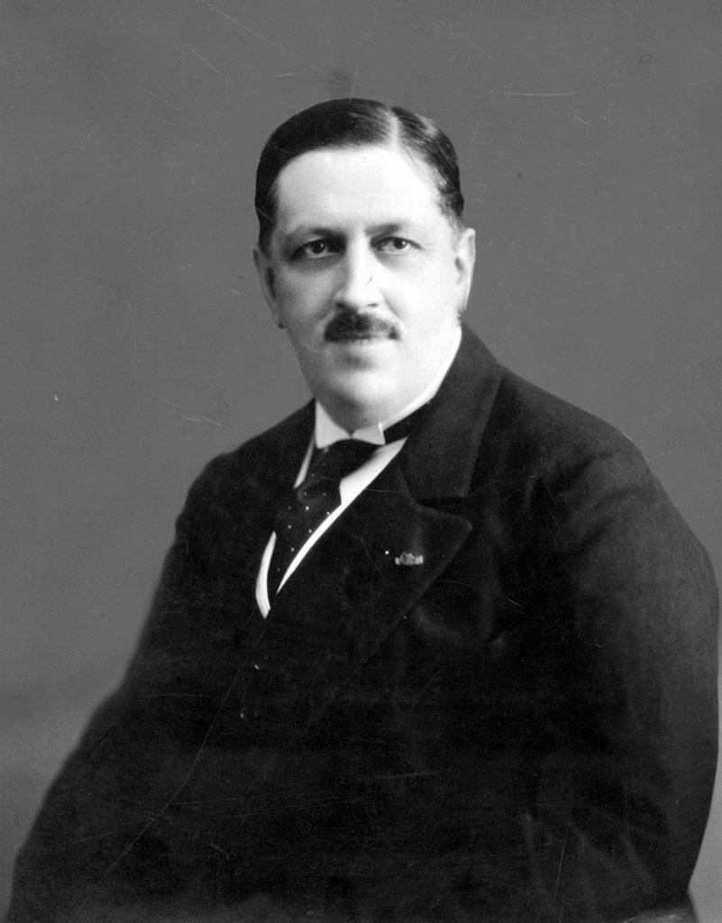 Jan Szembek. Zdjęcie z lat 30. XX wieku (domena publiczna).