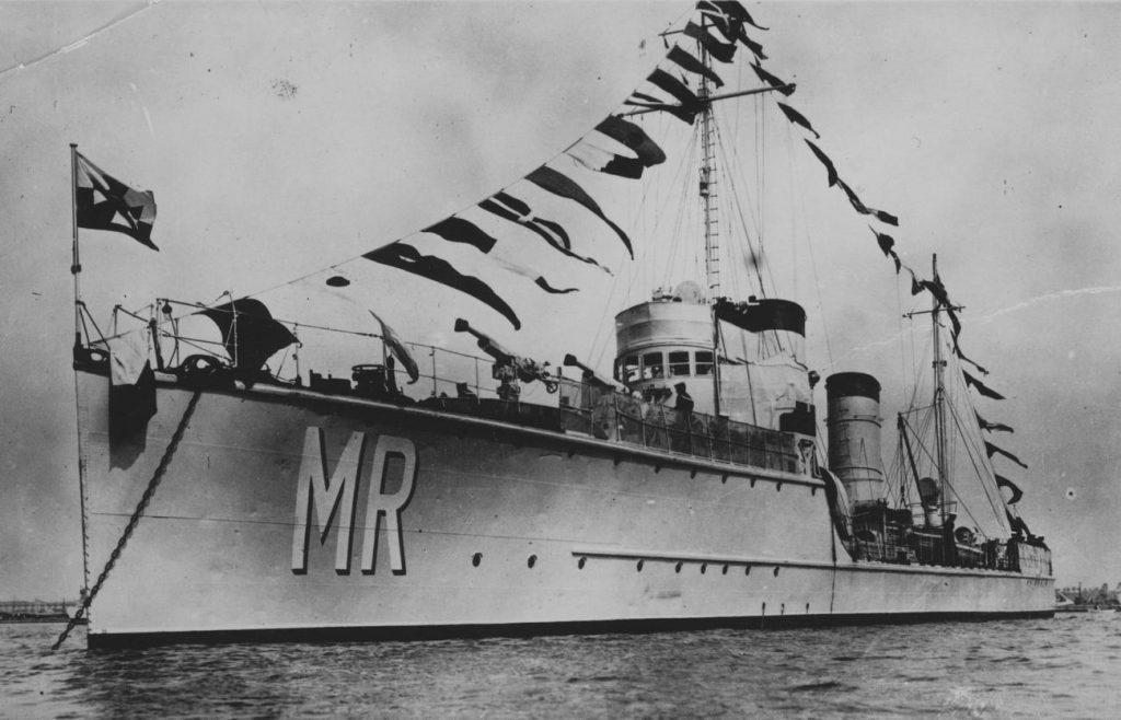 """ORP """"Mazur"""" na zdjęciu sprzed 1935 roku (domena publiczna)."""
