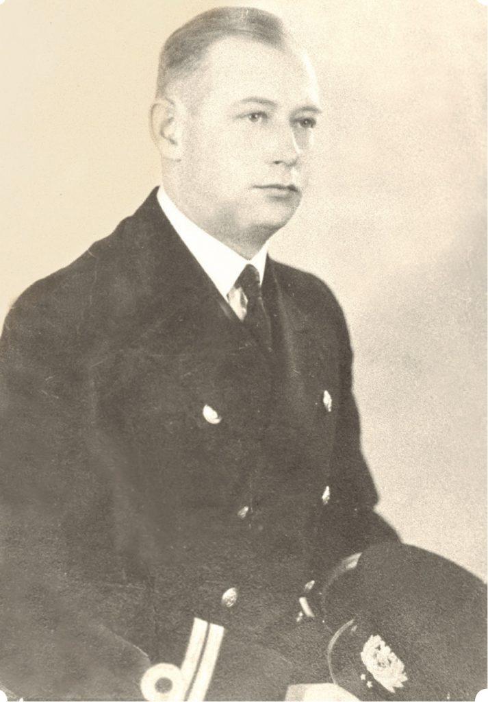 Porucznik marynarki Jacek Dehnel. Zdjęcie z książki Gdynia i Kępa Oksywska 1939 (materiały prasowe).